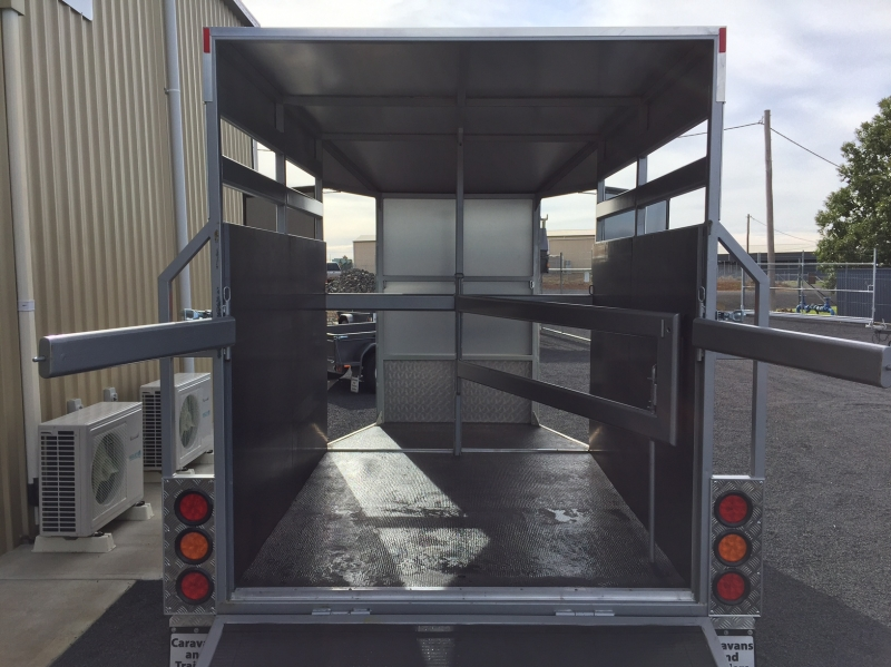 Hire 2 Horse Straight Load Float Canopies Amp Trailers
