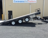 Tri- Axle Table Top Tilt Trailers